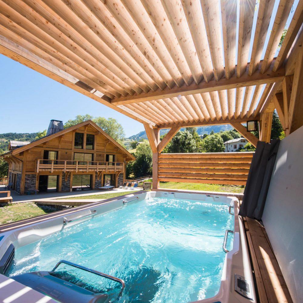 piscine de nage - chalets de l ubaye